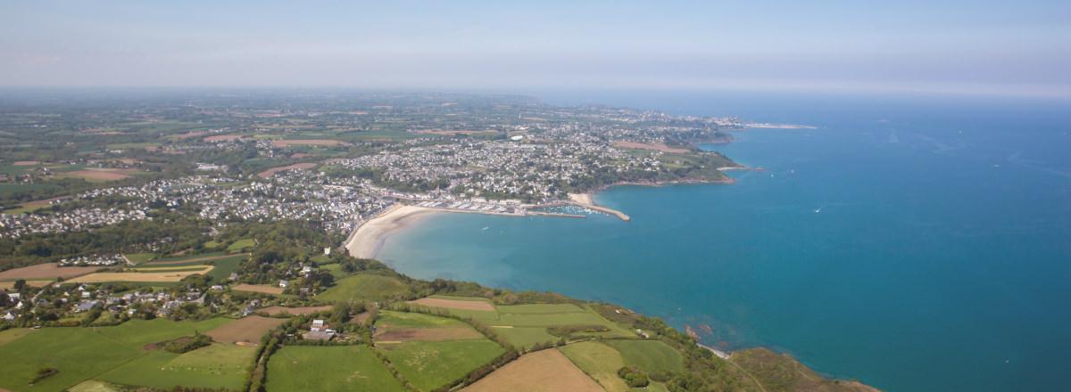 Vue aérienne de la baie de Saint Brieuc